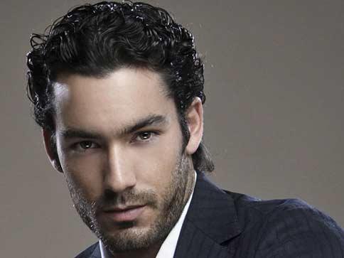 Aaron Diaz guapos wow