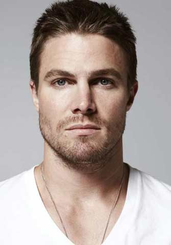 Stephen Amell guapos wow