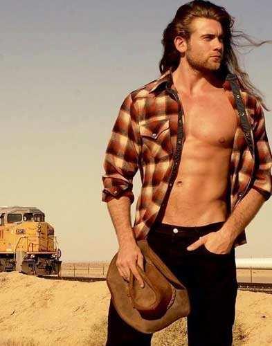 Brock O'Hurn modelo