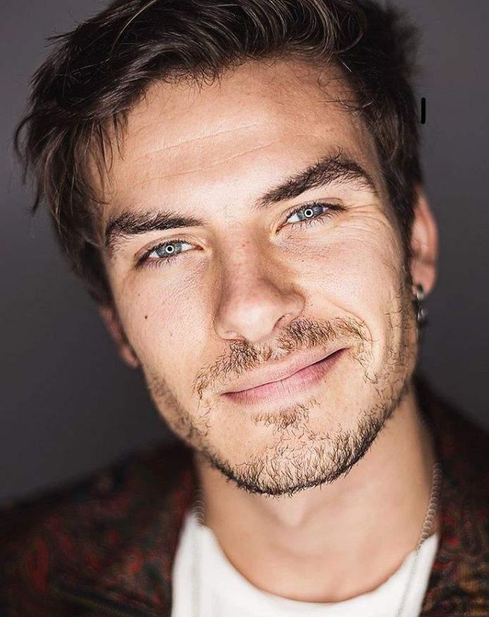 Ceballos Andrés guapo